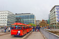Επίσκεψη του τραίνου Γενεύη τουριστών Στοκ εικόνα με δικαίωμα ελεύθερης χρήσης