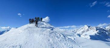 Επίτευξη της κορυφής του βουνού Στοκ Εικόνες