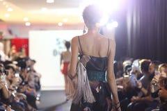 Επίδειξη μόδας της κοινωνίας μόδας ` Μπανγκόκ, BFS ` στο τμήμα Emquartier Στοκ Εικόνα