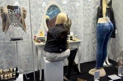 Επίδειξη παραθύρων καταστημάτων μόδας Στοκ Φωτογραφίες