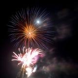 Επίδειξη πυροτεχνημάτων Στοκ φωτογραφίες με δικαίωμα ελεύθερης χρήσης