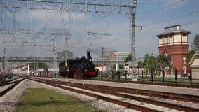 Επίδειξη των αποκατεστημένων εκλεκτής ποιότητας ατμομηχανών στη Μόσχα φιλμ μικρού μήκους