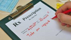 Επαγγελματική συνταγή γραψίματος γιατρών υγειονομικής περίθαλψης για τα χάπια ταμπλετών φιλμ μικρού μήκους
