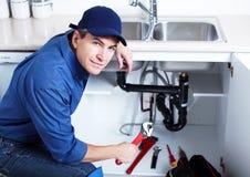Επαγγελματικός υδραυλικός. Στοκ φωτογραφία με δικαίωμα ελεύθερης χρήσης