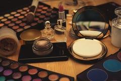 Επαγγελματικά θηλυκά καλλυντικά στοκ φωτογραφία με δικαίωμα ελεύθερης χρήσης