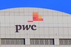 Επαγγελματική εταιρία υπηρεσιών PWC PricewaterhouseCoopers στοκ φωτογραφίες