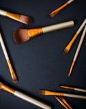 Επαγγελματική συλλογή βουρτσών makeup, νέο σύνολο εργαλείων σύνθεσης επάνω Στοκ φωτογραφία με δικαίωμα ελεύθερης χρήσης