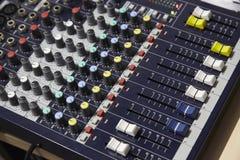 Επαγγελματικός ακουστικός αναμίκτης Στοκ Εικόνες