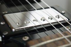 Επανάλειψη κιθάρων p90 στη θέση λαιμών στοκ εικόνες με δικαίωμα ελεύθερης χρήσης