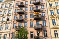 Επαναξιοποιημένη παλαιά κατοικημένη κατασκευή στο Βερολίνο Στοκ φωτογραφίες με δικαίωμα ελεύθερης χρήσης