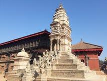 Επανοικοδομημένος ναός μετά από το σεισμό 2015 του Νεπάλ στοκ εικόνες
