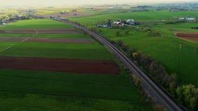 Επαρχία και αγροκτήματα Amish όπως βλέπει από τον κηφήνα απόθεμα βίντεο