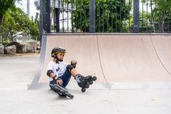 Επαρχία Chonburi, Ταϊλάνδη - 30 Ιουλίου 2018: Αγόρι που ασκεί inl Στοκ Φωτογραφία