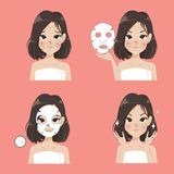 Επεξεργασία φύλλων μασκών από την όμορφη γυναίκα απεικόνιση αποθεμάτων