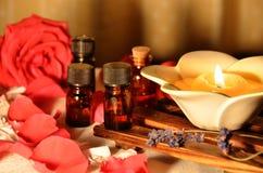 Επεξεργασία Aromatherapy στο φως κεριών Στοκ Φωτογραφία