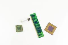 Επεξεργαστές υπολογιστών, τσιπ RAM και φορητό ραβδί μνήμης Στοκ Φωτογραφίες