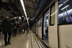 Επιβάτες σε ένα ταξίδι υπογείων Στοκ Φωτογραφία