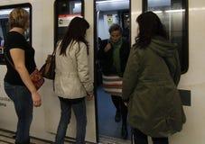 Επιβάτες σε ένα ταξίδι υπογείων Στοκ Εικόνα