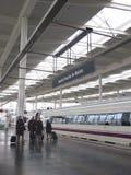 Επιβάτες στο σταθμό Atocha Στοκ φωτογραφία με δικαίωμα ελεύθερης χρήσης