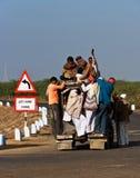 Επιβαρυνμένη αγροτική διέλευση στην Ινδία Στοκ Εικόνες