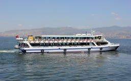Επιβατηγό πλοίο whith επιβάτες στοκ φωτογραφία με δικαίωμα ελεύθερης χρήσης