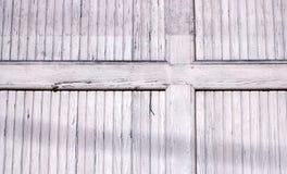 Επιβιβασμένο παράθυρο στη μορφή ενός σταυρού στοκ εικόνα