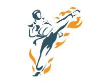 Επιθετικός θανάσιμος πετώντας μπροστινός αθλητής Taekwondo φλογών λακτίσματος στο λογότυπο δράσης Στοκ Εικόνες