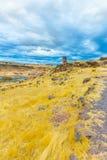 Επικήδειοι πύργοι και καταστροφές σε Sillustani, προϊστορικές καταστροφές του Περού, νότια Αμερική Inca κοντά σε Puno Στοκ Εικόνα