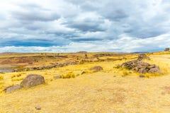 Επικήδειοι πύργοι και καταστροφές σε Sillustani, προϊστορικές καταστροφές του Περού, νότια Αμερική Inca κοντά σε Puno Στοκ Φωτογραφίες