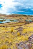 Επικήδειοι πύργοι και καταστροφές σε Sillustani, προϊστορικές καταστροφές του Περού, νότια Αμερική Inca κοντά σε Puno, λίμνη Titic Στοκ Φωτογραφίες