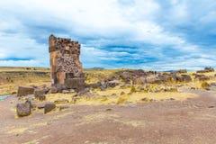 Επικήδειοι πύργοι σε Sillustani, προϊστορικές καταστροφές του Περού, νότια Αμερική Inca, περιοχή λιμνών Titicaca. Στοκ εικόνες με δικαίωμα ελεύθερης χρήσης