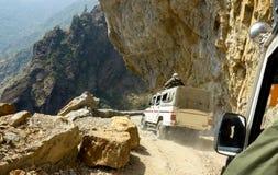 Επικίνδυνος δρόμος βουνών στα Ιμαλάια στοκ εικόνες με δικαίωμα ελεύθερης χρήσης