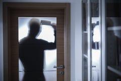 Επικίνδυνη εγκληματική σκιαγραφία Στοκ Φωτογραφίες