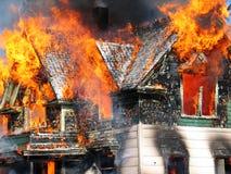 επικίνδυνη πυρκαγιά Στοκ φωτογραφίες με δικαίωμα ελεύθερης χρήσης