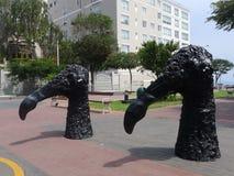 Επικεφαλής και λαιμός των μαύρων αγαλμάτων πουλιών σε Barranco, Λίμα Στοκ Εικόνες