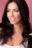 επικεφαλής καλυμμένο χαμόγελο brunette Στοκ εικόνες με δικαίωμα ελεύθερης χρήσης