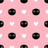 Επικεφαλής μαύρη γάτα περικοπών με το άνευ ραφής σχέδιο καρδιών και σημείων Στοκ Φωτογραφία