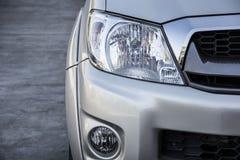 Επικεφαλής φως αυτοκινήτων Στοκ Φωτογραφίες