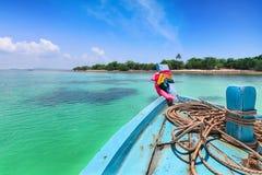 Επικεφαλής βάρκα στη θάλασσα, Ταϊλάνδη Στοκ Φωτογραφία