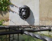 Επικεφαλής πηγή νερού τοίχων λιονταριών στοκ φωτογραφία