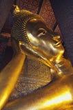 Επικεφαλής του ξαπλώνοντας Βούδα στο ναό Wat Po Στοκ φωτογραφία με δικαίωμα ελεύθερης χρήσης