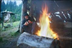 Επικεφαλής των ποιμένων που στηρίζονται από την πυρκαγιά Στοκ εικόνες με δικαίωμα ελεύθερης χρήσης