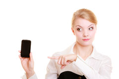 Επικοινωνία Επιχειρηματίας που παρουσιάζει τηλέφωνο κυττάρων στοκ φωτογραφία