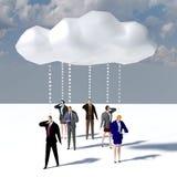 Επικοινωνία σύννεφων στοιχείων επιχειρηματιών στοκ εικόνες