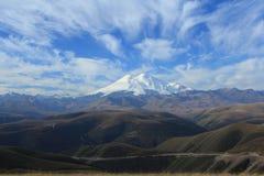 Επικολλήστε Elbrus. Βόρειος Καύκασος Στοκ εικόνες με δικαίωμα ελεύθερης χρήσης