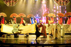 Επικός κύλινδρος--Ιστορικός μαγικός ο μαγικός δράματος τραγουδιού και χορού ύφους - Gan Po Στοκ Εικόνες