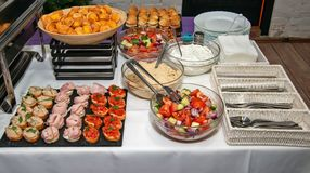 Επιλογή των διαφορετικών τύπων τροφίμων για να επιλέξει από