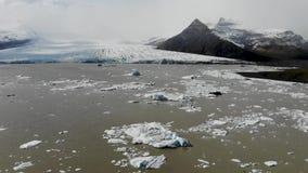 Επιπλέοντες πάγοι Ισλανδία πάγου φιλμ μικρού μήκους