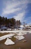 επιπλέων ποταμός πάγου belaya Στοκ εικόνες με δικαίωμα ελεύθερης χρήσης
