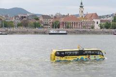 Επιπλέον λεωφορείο στη Βουδαπέστη Στοκ Φωτογραφίες